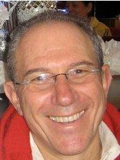 Dr. Clive M. Friedman (Dentistry For Kids) - Dr Clive Friedman