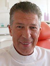 NovaDental-Hoppers Crossing - Dental Clinic in Australia