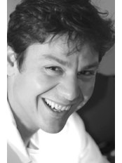 Dr Giovanni Garavaglia - Dental Clinic in Switzerland