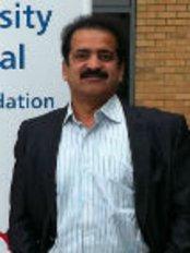 Dr. Shashank Shahs Laparo Obeso Centre - DrShashank Shah