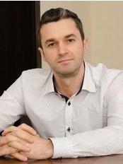 ImplantFix Clinic: Dr. Ilie-Dan Sabin - Dental Clinic in Romania