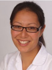 Aimée Cox - Hove - Osteopathic Clinic in the UK