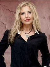 Drª Marisa Marques -  Ordem da Lapa - Plastic Surgery Clinic in Portugal