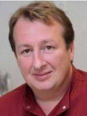 Dr. Kocsis András Fogszabályzó Centrum - Dental Clinic in Hungary