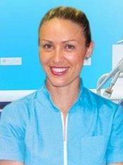 Instituto Dental Lucrecia Botella - Dental Clinic in Spain