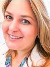 Dr. Patricia C. de Luna - Dental Clinic in Brazil