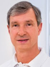Dr. Frank-Matthias Schaart - Hair Loss Clinic in Germany