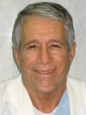 Dr Bernardo Magana DDS - Plastic Surgery Clinic in Mexico