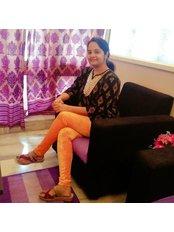 Pearl Dental Clinic-Indiranagar - Dr. Mitali Head Dentist in indiranagar
