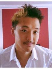 AKUEN Medical Therapies - Mr Yiu Kuen (Ken) OShea-Poon
