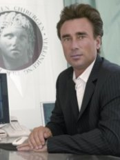 Dr. Med. Roland W. Batze - Plastic Surgery Clinic in Germany