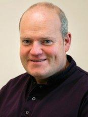 North Devon Orthodontic Centre - Dr Paul Oades