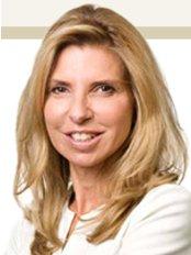 Dr. med. Univ. Doris Wallentin - Plastic Surgery Clinic in Austria
