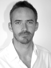Sean Heneghan - Traditional Acupuncturist - Acupuncture Clinic in the UK