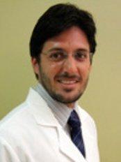 Dr. Fernando Serra Cirurgia Plástica - Barra - Plastic Surgery Clinic in Brazil