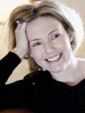 Facial Aesthetics - Chelmsford - Julie Scott