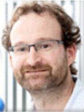 The Lund Dental Practice - Dr Marcus Lund
