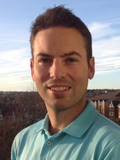 Ultimate Physio - Robin Vellosa BSc (Hons) MCSP MAACP