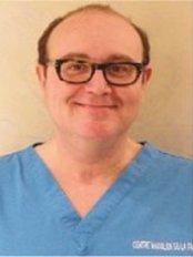 Cabinet de Stomatologie et Chirurgie Maxillo-Faciale - Dental Clinic in France
