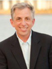 Michael L. Schwartz MD, FACS - Plastic Surgery Clinic in US