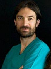 Dott. Ivano Iozzo - Plastic Surgery Clinic in Italy