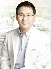 Beautis Clear Skin and Laser Clinic - Plastic Surgery Clinic in South Korea