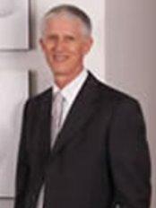Dr Robert Woolcott-Perth - Fertility Clinic in Australia