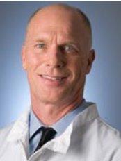 Steven J Baldwin, DDS and Cynthia Scipioni, DDS - Dental Clinic in US