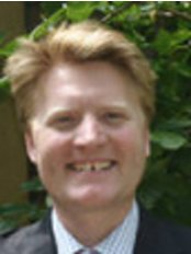 Redhead Orthodontics - The Fulham Practice - Dr Alexander Redhead