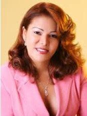 Dr. Zobeida Azcona - Plastic Surgery Clinic in Dominican Republic