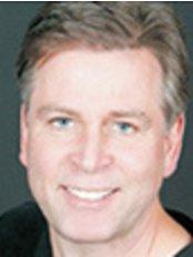 South Barrie Dental - Dr Robert Penning