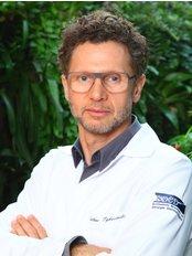Tykocinski Restauracao Capilar - Hair Loss Clinic in Brazil