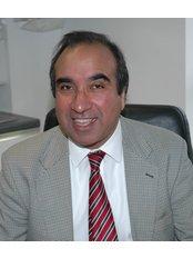 Central London Aesthetics - Dr Amrit Takhar