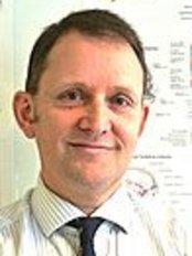 Malcolm Cameron-Cambridge - Dental Clinic in the UK