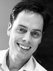 Dr. Marc Hinze - Dental Clinic in Germany