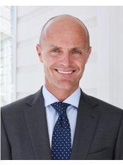 Dr William Braun - Prof William V Braun