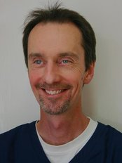 Shiphay Dental & Torbay Implant Centre - Dr Simon Moore BDS