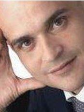 Dott. Fabio Quercioli - Chirurgia e Medicina Estetica Firenze - Dr. Fabio Quercioli