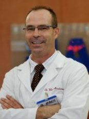 American Chiropractic Clinic Ho Chi Minh City - Wade Brackenbury