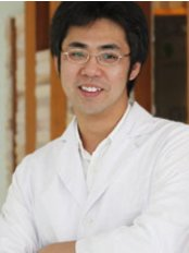 Patongsmile International Dental Clinic - Dr. Thanit