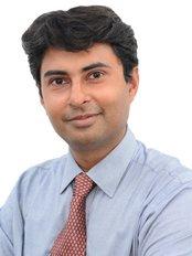 Dr. Anubhav Gupta - Plastic Surgery Clinic in India