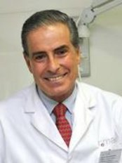 Doctor Simarro - Clínica Cemae - Medical Aesthetics Clinic in Spain