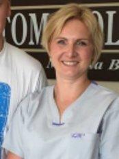 Dentist Monika Bogusz - Dental Clinic in Poland