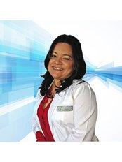 Odontologos Especialistas - Dental Clinic in Panama