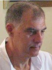 Dr. John Phillis - Dental Clinic in Greece