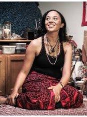 Spell Caster /  Herbalist -  MAAMA ANNAH