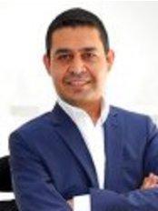 Dr. Altan Yucetas - Hair Loss Clinic in Turkey