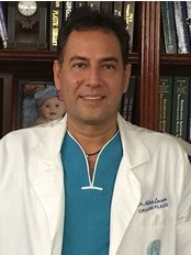 Dr.Alberto Lacouture - Plastic Surgery Clinic in Colombia