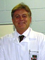 Dr. Luiz Alberto Ferraz de Caldas - Prof Luiz Alberto Ferraz de Caldas