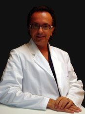 Dott. Domenico Miccolis Padova - Plastic Surgery Clinic in Italy